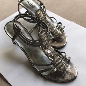 Bejeweled silver Rialto heels - size 6M